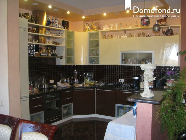 5df313e1b104b 5-комнатная квартира на продажу — город Балаково : Domofond.ru